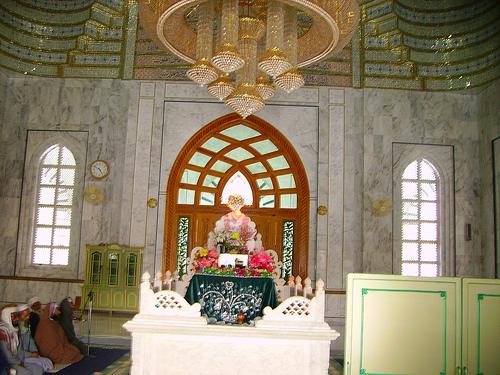 Roza Mubarak of Hazrat Khwaja Zinda Pir Sahib(RA)with elegant chandelier above